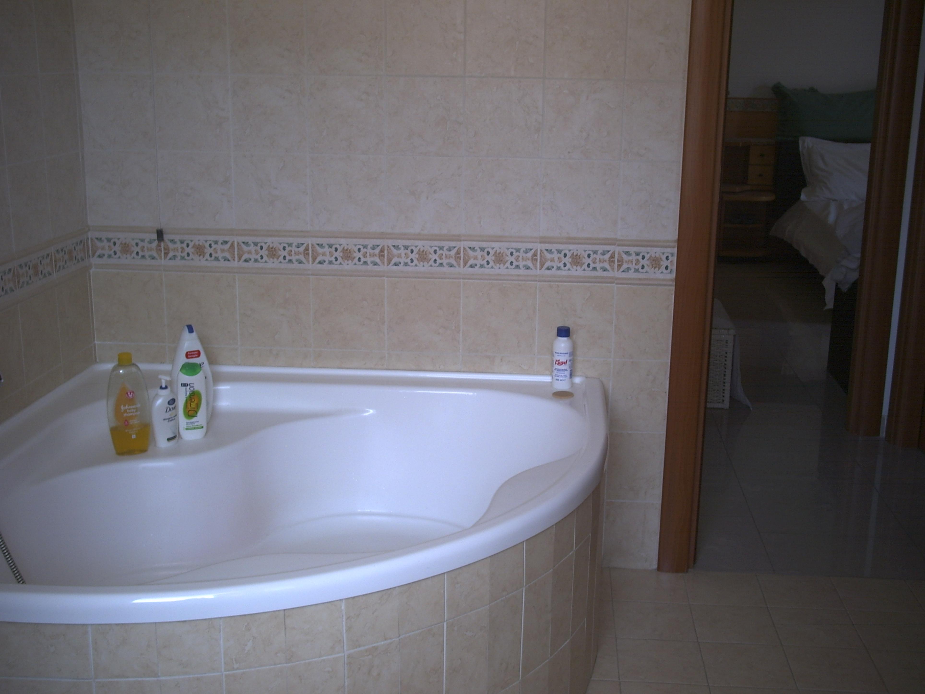 Bagno sottotetto fabulous il bagno nel sottotetto di un cottage di campagna regno unito with - Bagno nel sottotetto ...
