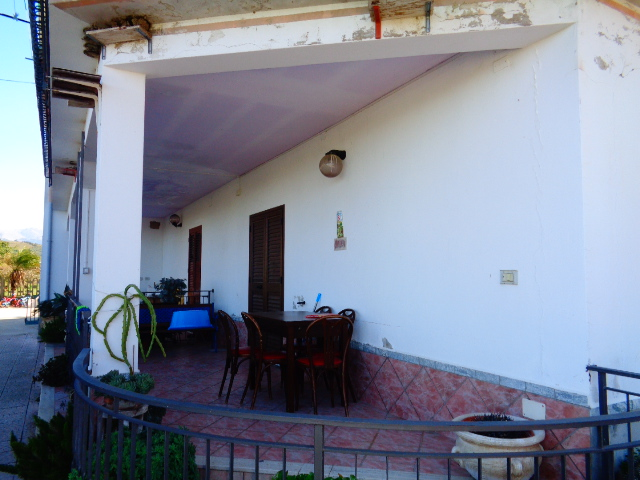 Capaccio – Loc. Spinazzo, Appartamento al piano terra