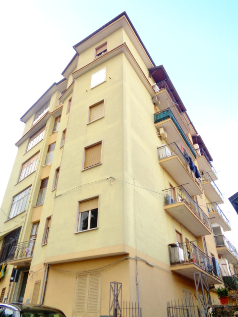 Agropoli, zona Porto, appartamento da ristrutturare