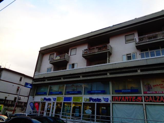 Agropoli – via Pio X Appartamento al secondo piano con garage