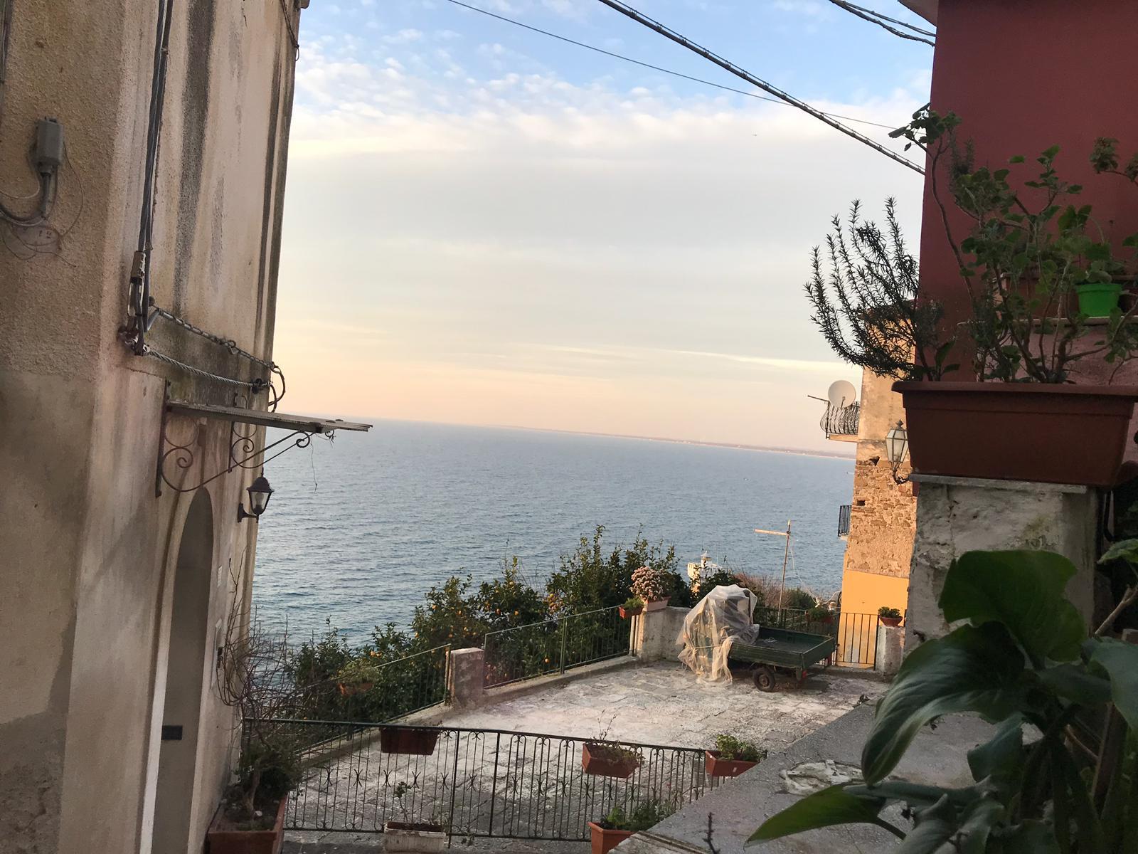 Agropoli -Locale in pieno centro storico