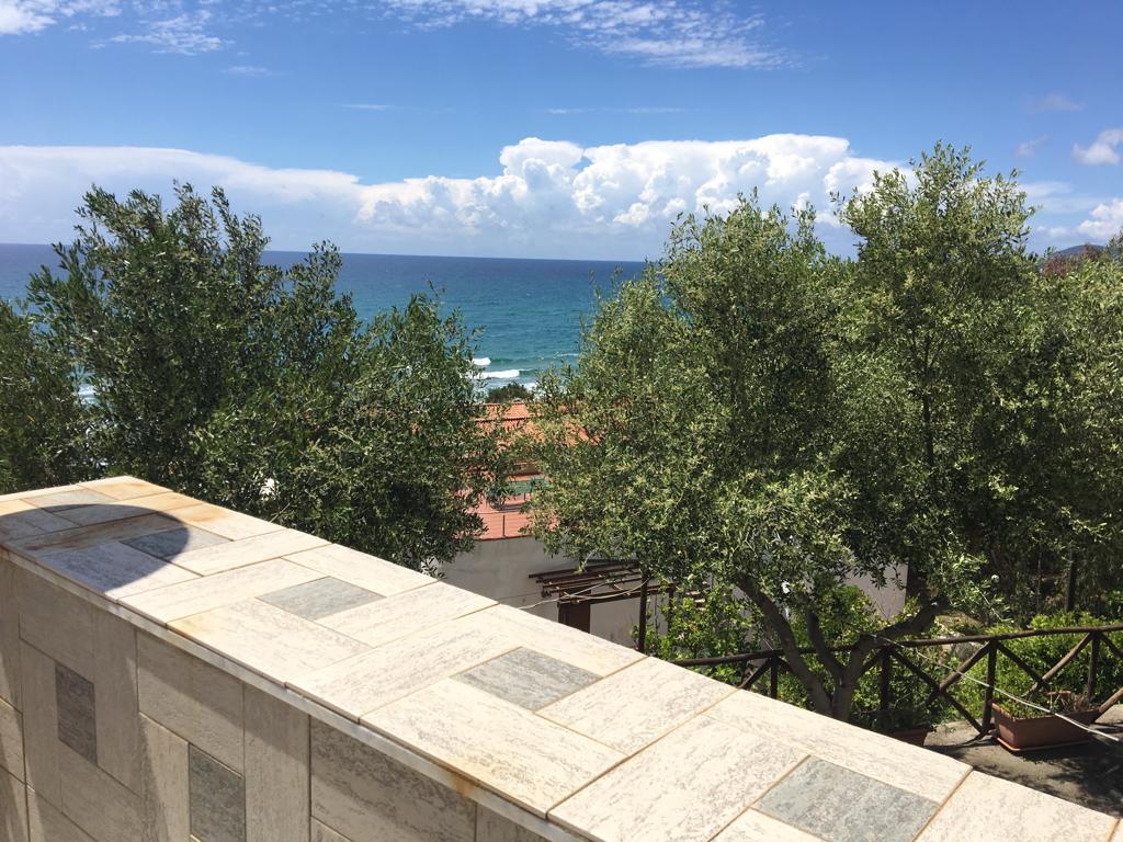 San Mauro Cilento-zona Mezzatorre Appartamento in fitto annuale