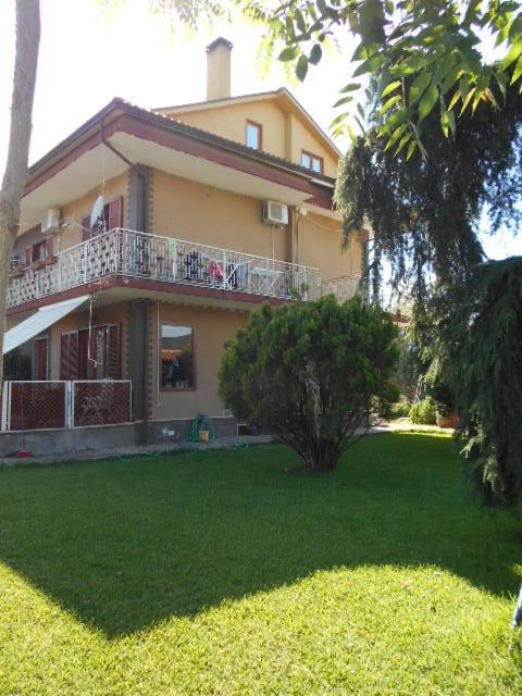 Castellabate-zona Lago-Villa bifamiliare