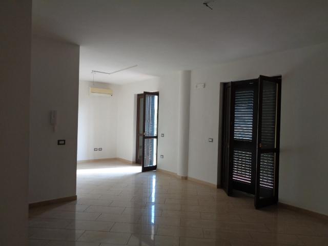 Agropoli-via Italo Svevo -Appartamento al piano secondo di nuova costruzione