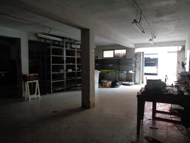 Agropoli – Via M. del Carmine – deposito di circa 240 mq